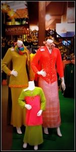 Baju Kurung- traditional malay costume